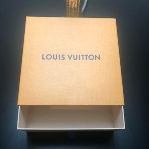 Louis Vuitton Box (no dustbag)